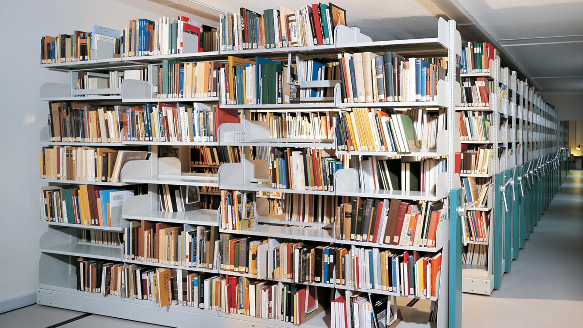 Rollregal-Magazin-Bibliothek-02-BRR-mauser-16-9