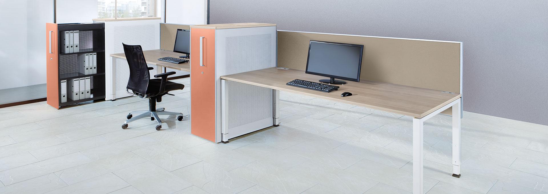 Schreibtisch-Doppelarbeitsplatz-Hochauszugschrank-arcos-mauser-slider