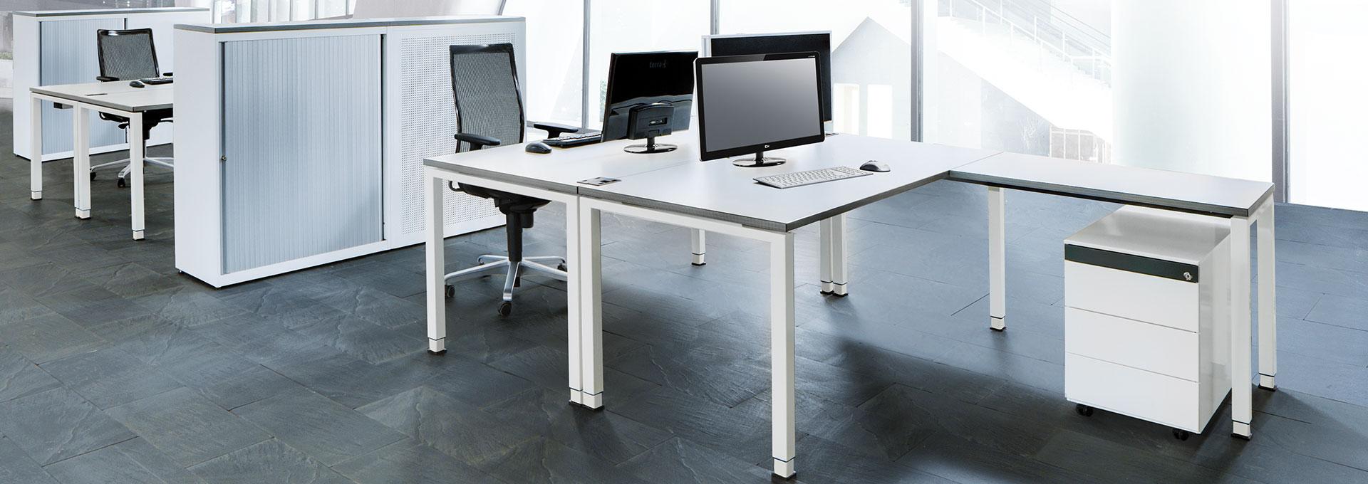 Schreibtisch-Doppelarbeitsplatz-Winkelkombination-arcos-mauser-slider